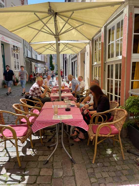 Außenplätze im Gasthof zum Kaiser Friedrich