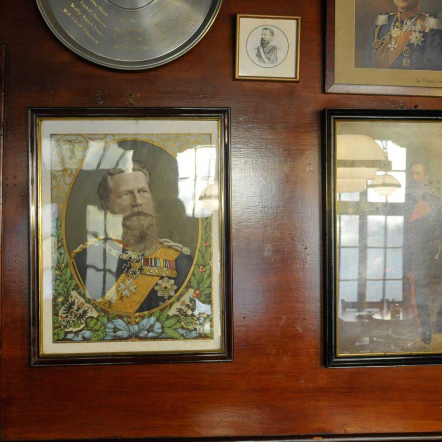 Bilder im Gastraum